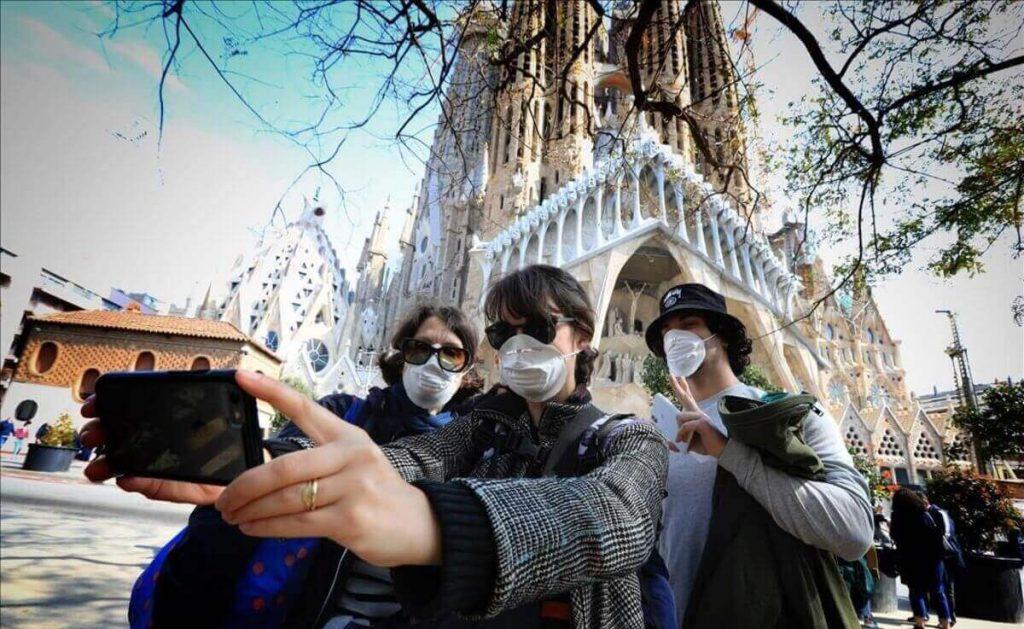 Turistas en Sagrada Familia